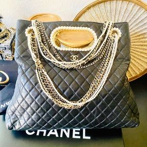 Rare Timeless Chanel Westminster Pearl Tote Bag